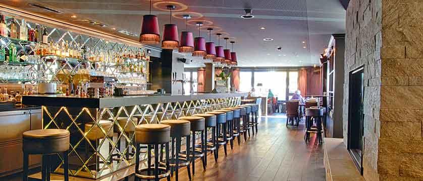 Hotel Grischa, Davos, Graubünden, Switzerland - bar and lounge.jpg